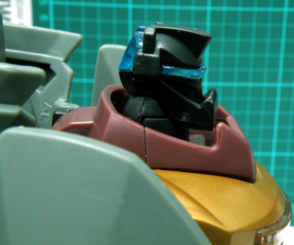 Grimlockś head sculpt from the side