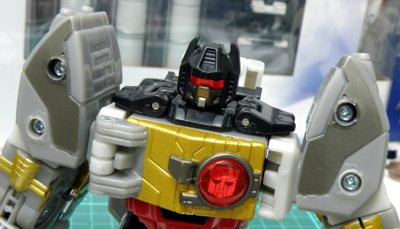 Grimlock head chest details