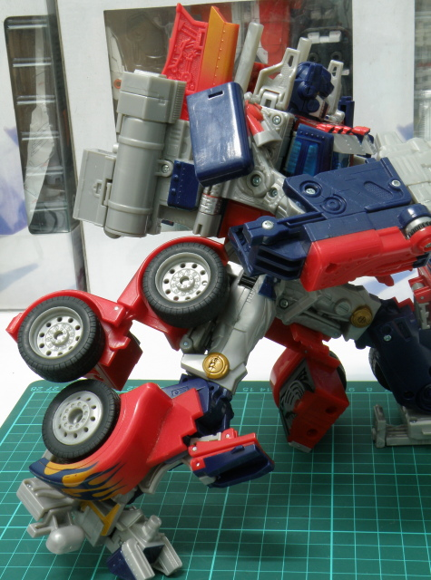 Optimus Prime knee bending limits.