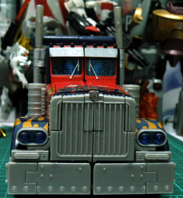 Optimus Prime truck mode