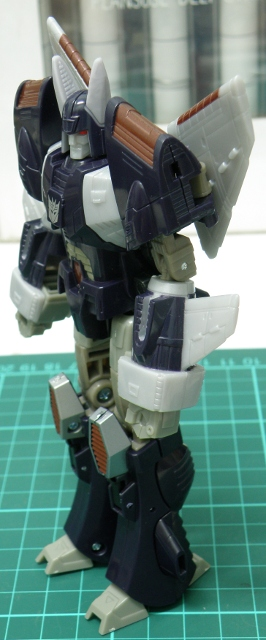 Cyclonus robot mode side.