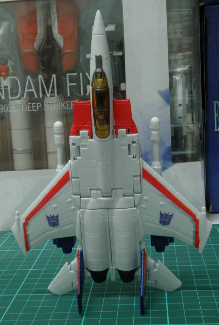 Starscream F16 top view