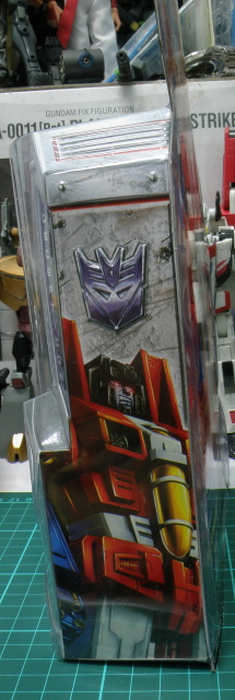 Starscream package side