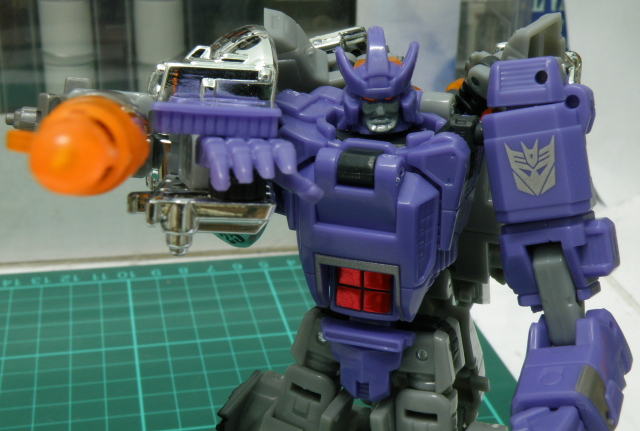 Galvatron robot mode, overall close up focus.