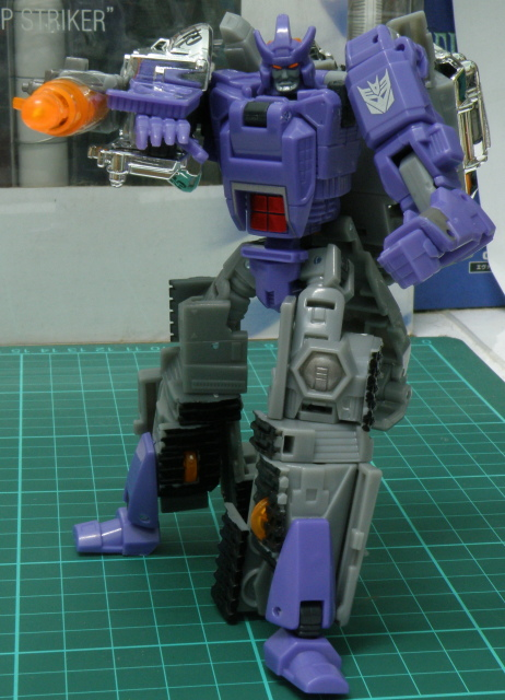 Galvatron pose with cannon variant 1.