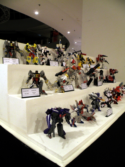 Transformers Henkei and Classic line up.