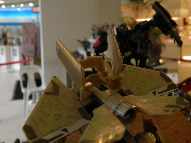 Sneak attack of Autobot.
