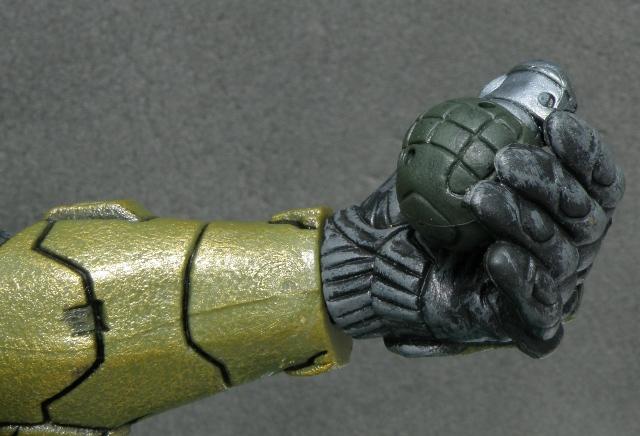 MasterChief left hand holding grenade.