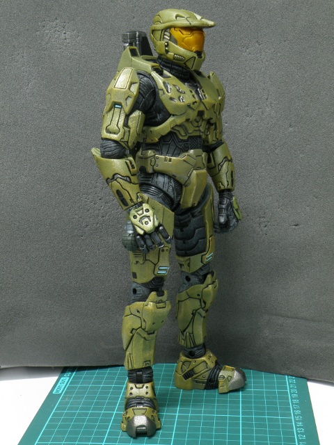 MasterChief armed front view.