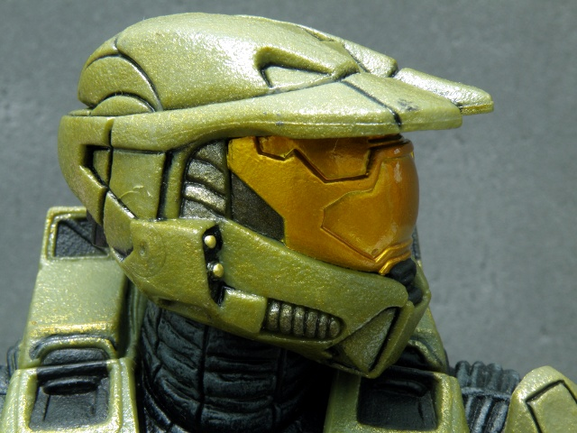 MasterChief head details side.