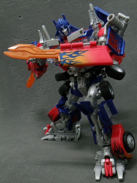 Optimus Prime Counter Attack Pose.