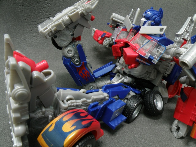 Optimus Prime Knee Articulations.