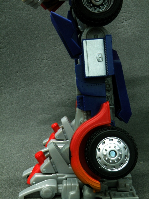 Optimus Prime Leg secret revealed.