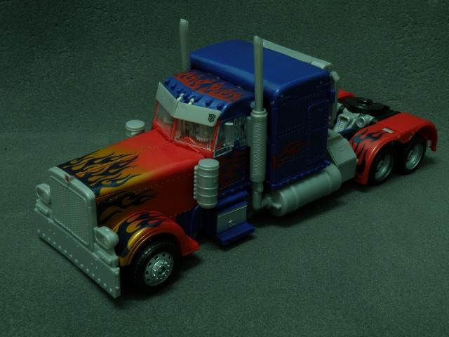 Optimus Prime SemiTruck Front.