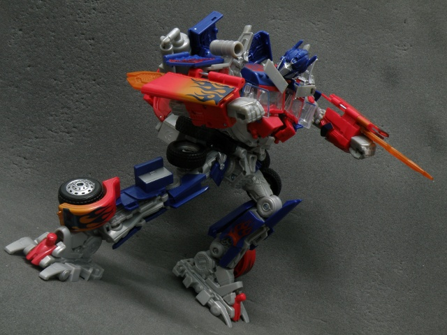 Optimus Prime Single Energon Sword Attack.