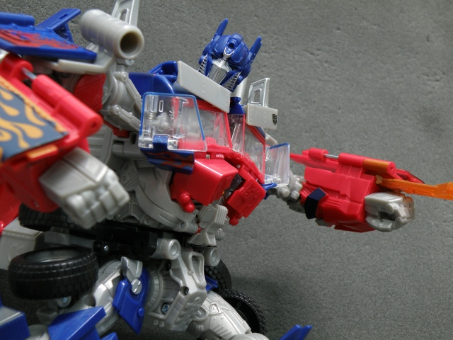 Optimus Prime Single Energon Sword Attack CloseUp.