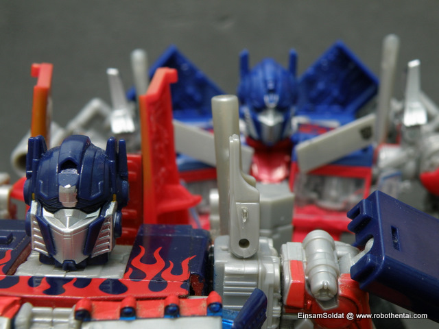 Optimus Prime ROTF and TFTM Compare Robot Head.