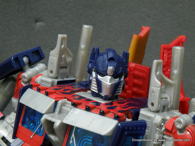 TFTM Optimus Prime Robot Head Front.