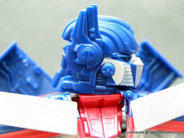ROTF Optimus Prime Robot Head Side.