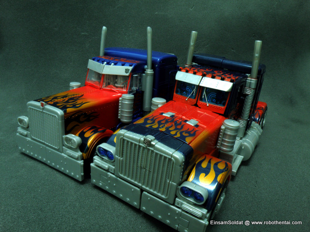 Optimus Prime SemiTruck Comparison Front.