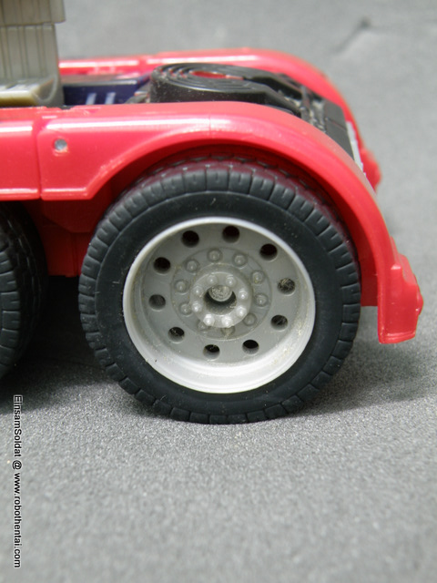 TFTM Optimus Prime SemiTruck back wheels.