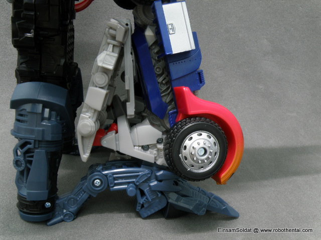 Alternate leg configuration for Powered-Up Prime.