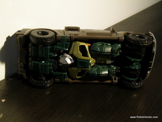 ROTF Brawn Alternate Mode kibble at the bottom.